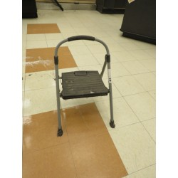 Lot 41 - STEP LADDER