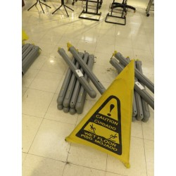 Lot 75 - POP-UP WET FLOOR CONES