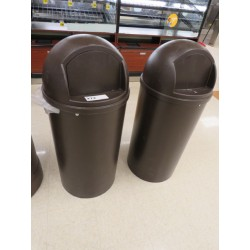 Lot 272 - RUBBERMAID TORPEDO TRASH CANS