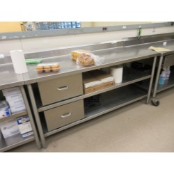 Lot 214 - 6FT STAINLESS STEEL TABLE