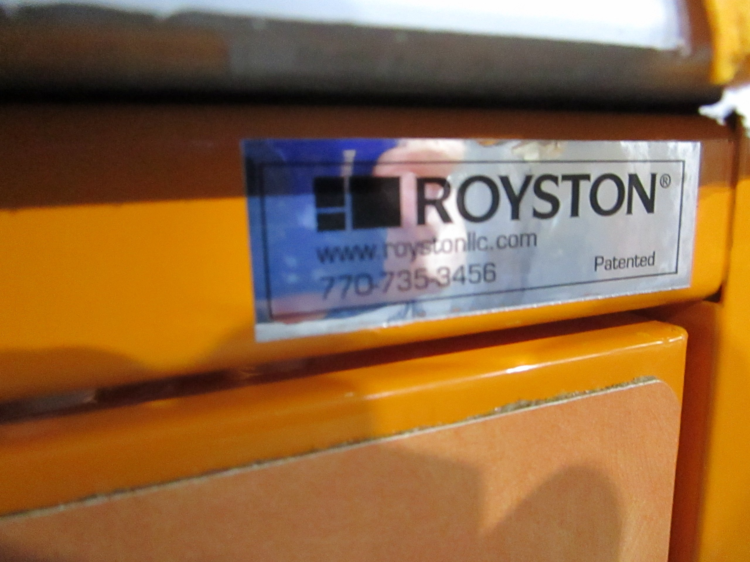 ROYSTON 60045116-226 COFFEE BEVERAGE COUNTER 4 CUP DISPENSER 2 DRAWER CABINET