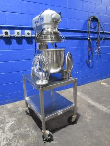 HOBART A200T 20 QT BAKERY DOUGH MIXER WITH STAND W/ BOWL GUARD WHIP & PADDLE