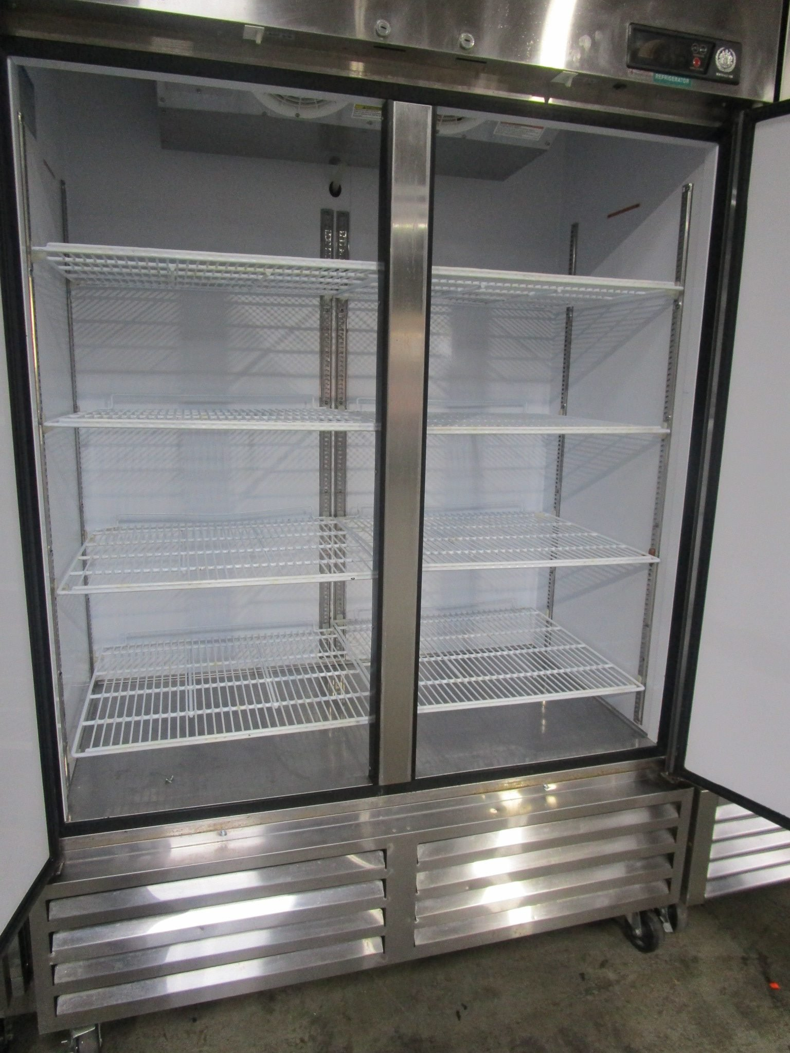 "BEVERAGE AIR KR48-1AS, 54"" STAINLESS STEEL REACH-IN COOLER REFRIGERATOR"